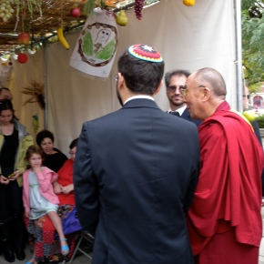 Dalai Lama Visits Adas Israel Congregation, Washington, DC